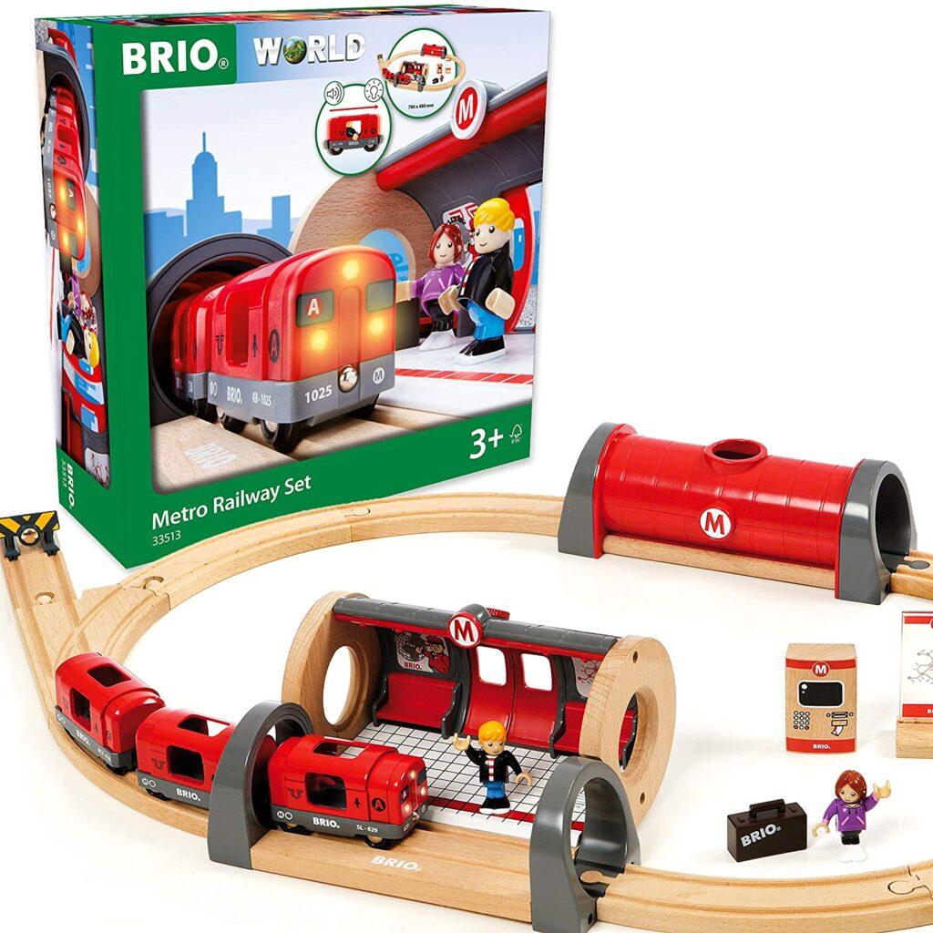 tren madera brio